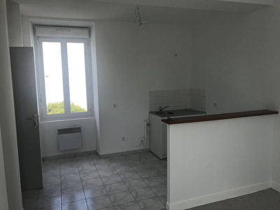 A LOUER INDRE Appartement 1bis 29m²